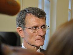 Bývalý ředitel odboru informatiky pražského magistrátu Ivan Seyček si odpyká 3,5 roku vězení za zvýhodnění firmy Haguess v projektu opencard.