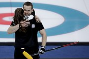 Alexandr Krušelnickij s manželkou Anastasií Bryzgalovovou vybojovali v mixu bronz.