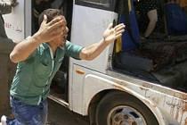 Útok na křesťanský autobus v Egyptě.