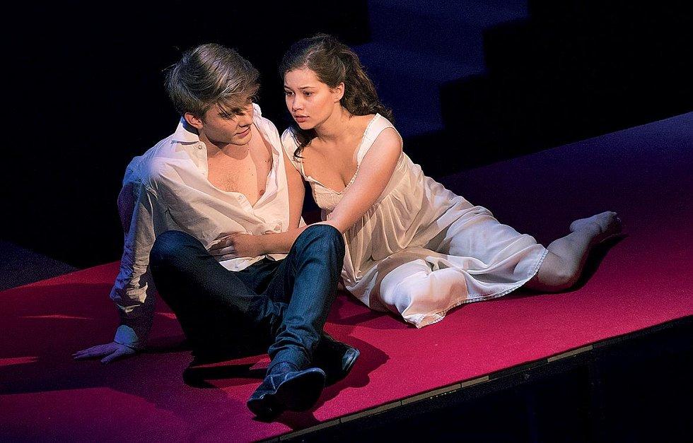 Se Sabinou Rojkovou v Romeovi a Julii.