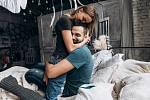 Mnoho žen našlo dlouholetého partnera až v okamžiku, kdy svou osudovou lásku ztratily.