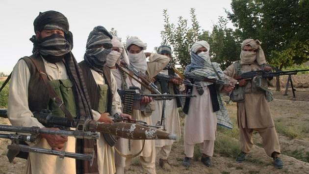 Povstalci z afghánského islamistického hnutí Taliban. Ilustrační foto.