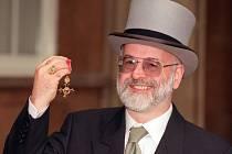Zemřel slavný anglický autor fantasy literatury Terry Pratchett. V 66 letech prohrál boj s Alzheimerovou nemocí.