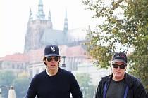 TOM CRUISE na Petříně. V případě čtvrtého pokračování Mission: Imposible si režisér Brad Bird usmyslil, že symbol Prahy Pražský hrad bude vydávat za ruský Kreml. Zato v první Mission byla Praha Prahou.