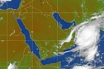 Meteorologická mapa ukazuje postup tajfunu Gonu. Po Ománu zasáhne jihovýchodní Írán.