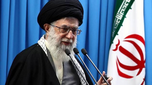 Íránský nejvyšší duchovní ajatolláh Alí Chameneí