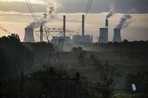 Uhelná elektrárna, emise, ekologie - ilustrační foto
