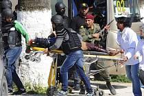 Při útoku na tuniské muzeum zahynulo 19 lidí, z toho 17 cizinců.