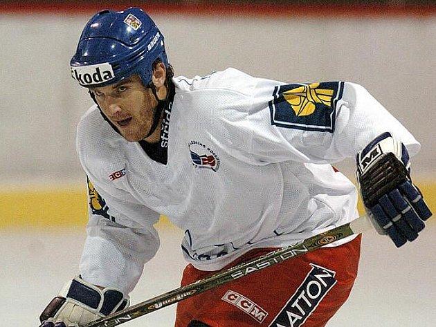 Pavel Kubina bude opět oblékat dres Tampy Bay.