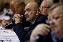 Ekonomická konference Úspěchy a otazníky změn české ekonomiky v posledním čtvrtstoletí proběhla 9. dubna v Praze.