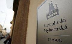 V centru Prahy otevírá 15. října nový luxusní hotel, pětihvězdičkový Kempinski Hybernská Prague hotel, který patří k celosvětové rodině hotelů založených v roce 1897.