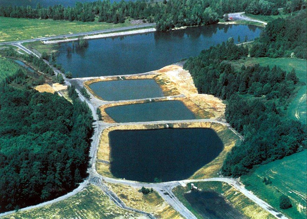 Stonava, soustava Kateřinských rybníků po revitalizaci počátkem 21.století.