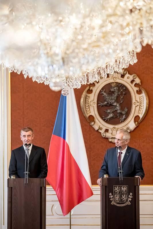 Prezident Miloš Zeman jmenoval podruhé premiérem Andreje Babiše 6. června na Pražském hradě.
