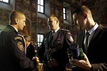 Medaile Hasičského záchranného sboru ČR udělované při příležitosti státního svátku vzniku samostatného československého státu byly předány v pondělí 24. října 2011 v trojském zámku v Praze.