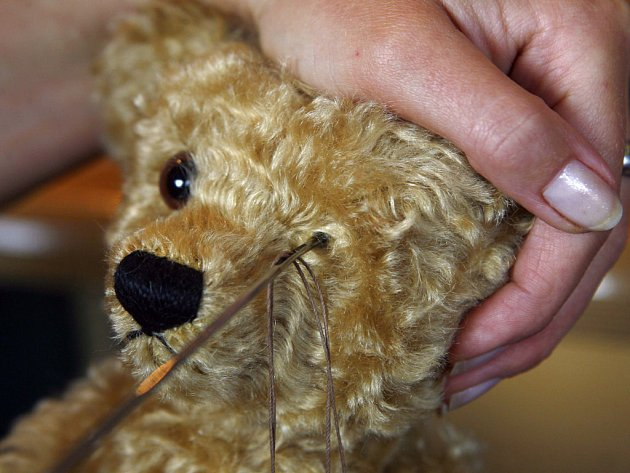 Německý výrobce medvídků Steiff si na kvalitu potrpí.