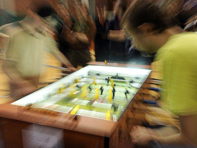 Českým hráčům ve stolním fotbale patří druhé místo ve světovém žebříčku