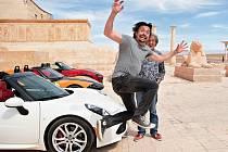 Nová show bývalých moderátorů pořadu Top Gear se začne vysílat v listopadu.