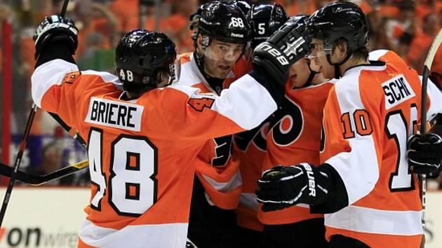 Třetí utkání série prvního kola play off NHL mezi Philadelphia Flyers a Pittsburgh Penguins.