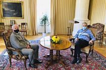 Prezident Miloš Zeman (vpravo) přijal 21. září 2020 na zámku v Lánech Romana Prymulu