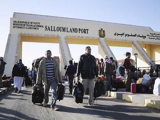 Země, které mají v násilím sužované Libyi své občany, dpokračují ve snaze je evakuovat. Ilustrační foto