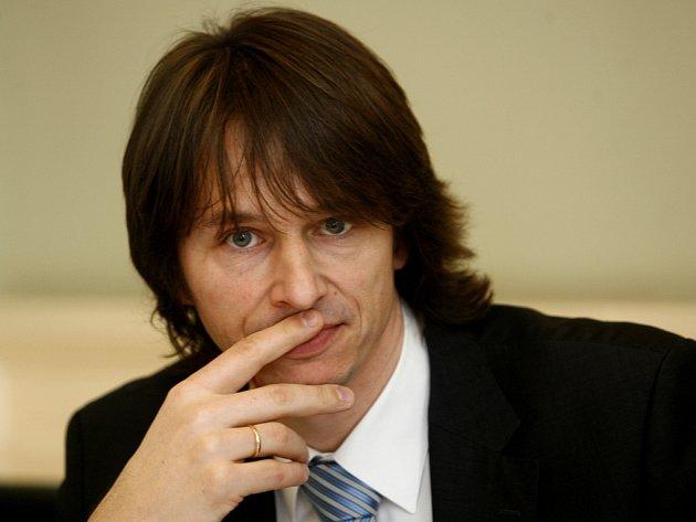 Osmatřicetiletý Edvard Kožušník (ODS) oznámil svou kandidaturu do Evropského parlamentu.