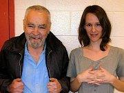 Charles Manson a Afton Elaine Burtonová