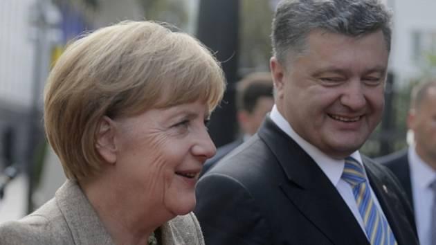 Německá kancléřka Angela Merkelová přislíbila 500 milionů eur (skoro 14 miliard Kč) jako příspěvek na mezinárodní pomoc při obnově válkou poničeného východu Ukrajiny.