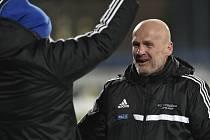 Trenér Jihlavy Michal Bílek se raduje z vítězství.