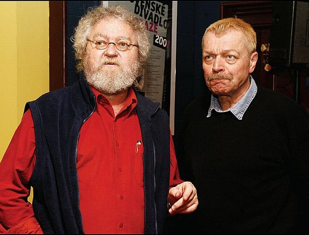 Písničkářské duo Paleček (vpravo) a Janík