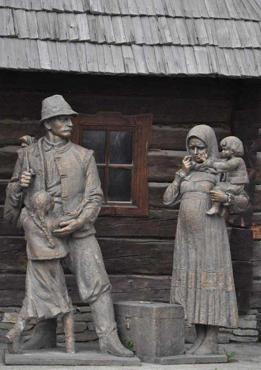 Dřevěné sousoší Koločava