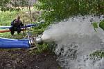 Záplavy, odčerpávání vody, hasiči