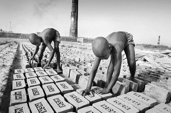 Svět mýma očima. Tak nazval fotograf Michal Novotný výstavu, kterou ve čtvrtek otvírá na Staroměstské radnici a jež potrvá do 25.srpna.