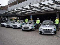 Ochranná služba Policie České republiky koupila deset rychlých Audi S6.
