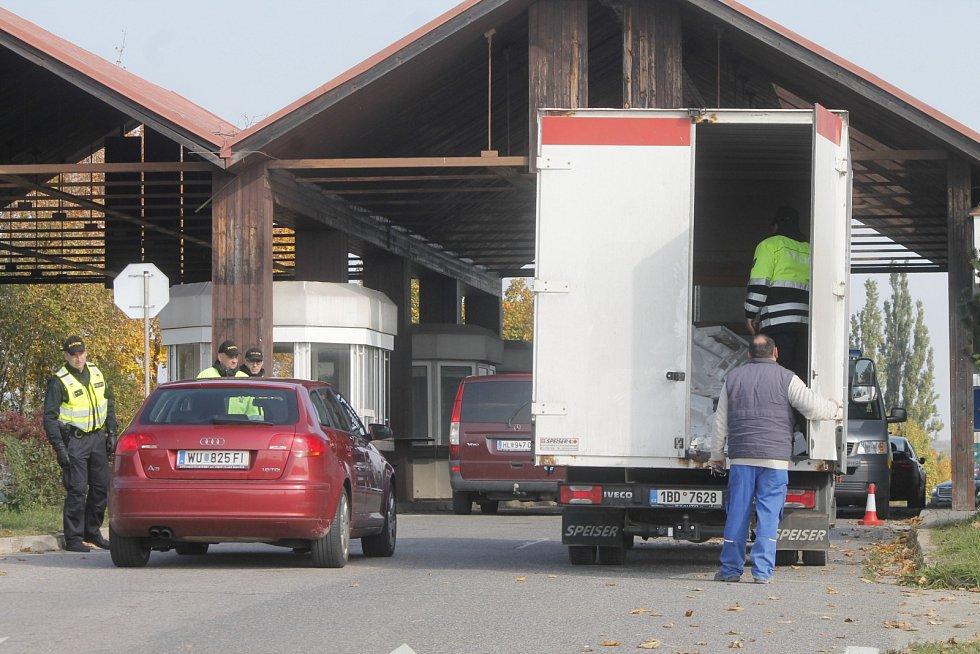 Pohraniční kontrola - Ilustrační foto