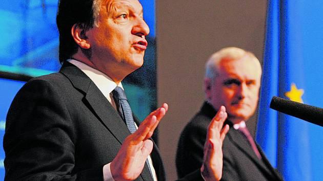 Předseda Evropské komise José Manuel Barroso se ze všech sil snažil přesvědčit Iry, že Lisabonská smlouva jim bude ku prospěchu.