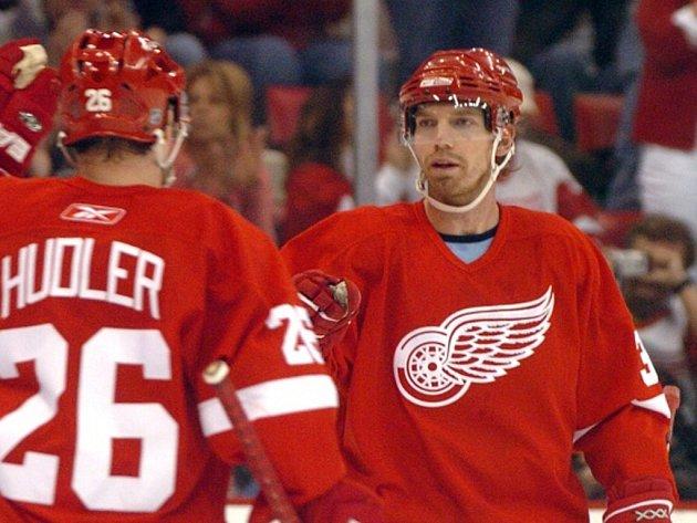 Mikael Samuelsson v dresu Detroitu.