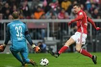 Na výhře Bayernu nad Lipskem 3:0 se jedním gólem podílel i Robert Lewandowski.