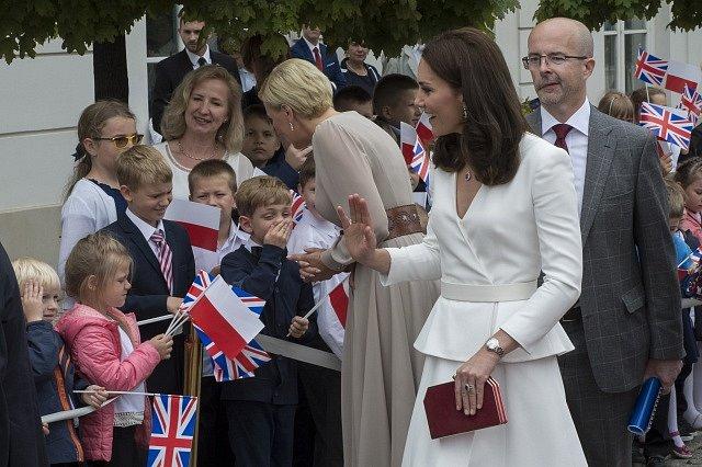 Britská královská rodina v centru Varšavy