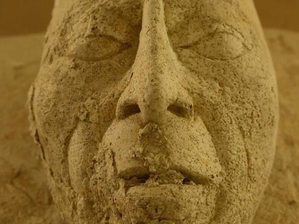 Rituální maska s tváří krále Pakala Velikého