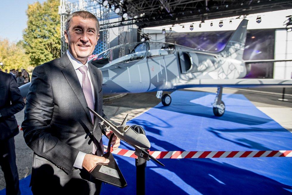 Nový letoun L-39NG, který Aero Vodochody představilo 12. října ve svém areálu v Odolené Vodě u Prahy za přítomnosti premiéra Andreje Babiše.
