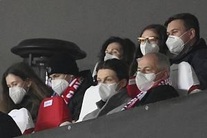 Roman Prymula na zápase Evropské ligy mezi pražskou Slavií a Leicesterem