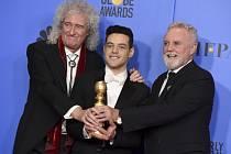 Rami Malek se členy legendární skupiny Queen