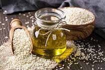 Sezamová semínka a olej - Ilustrační foto