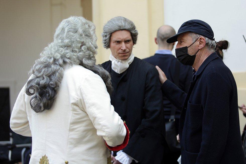 Robert Dornhelm s herci Davidem Švehlíkem a Vojtěchme Kotkem.