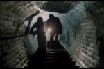 Dívku odvlekl do kanálů v nedalekém parku  (záběr z filmu Black Panther z roku 1977)