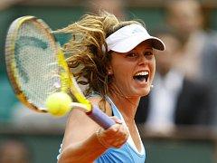 Řev Michelle Larcher De Britová na Roland Garros rozpoutal vášnivé diskuze.