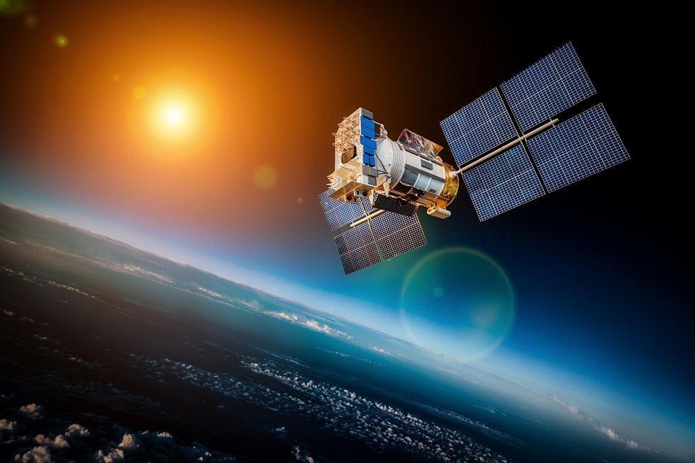 Vizualizace vesmírného satelitu obíhající Zemi.