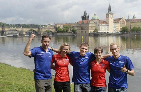 Triatlonisté už se do Prahy těší