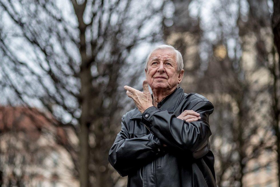 Dušan Vančura, člen proslulého Spirituál kvintetu, se stal jednou ze symbolických obětí pandemie.