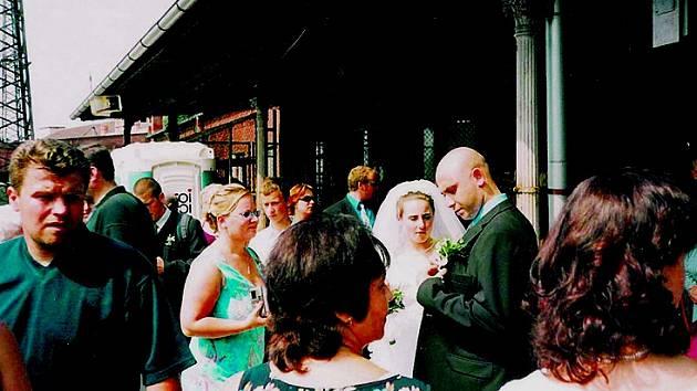 Svatbu povodeň nepřekazila.